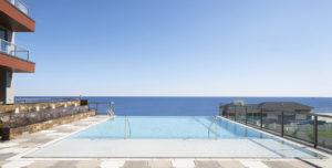365 Ocean Hotel-Style Amenities